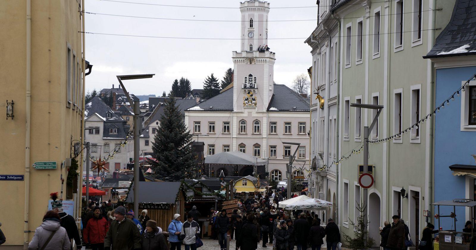 Weihnachtsmarkt Beginn 2019.Schneeberger Weihnachtsmarkt 2019