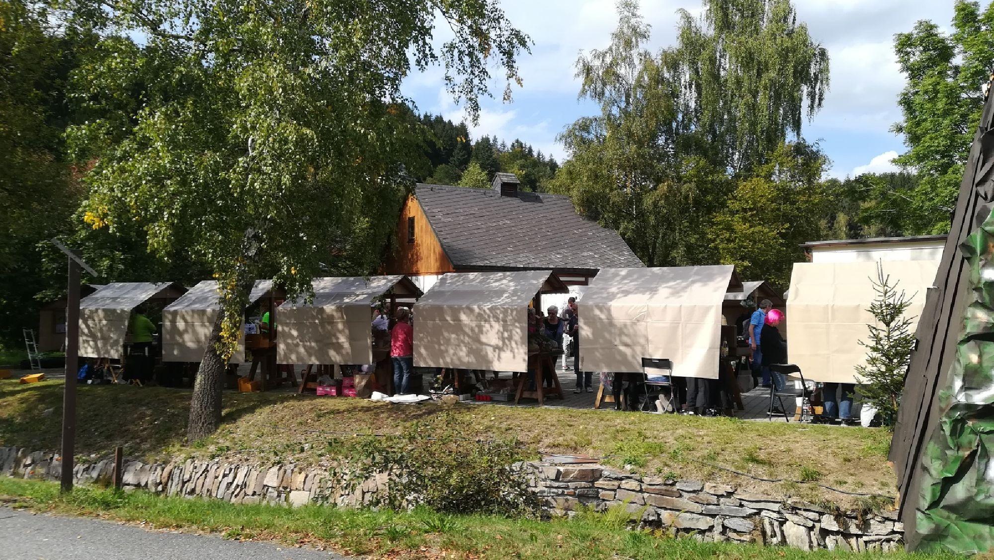 Naturmarktstände in Pobershau